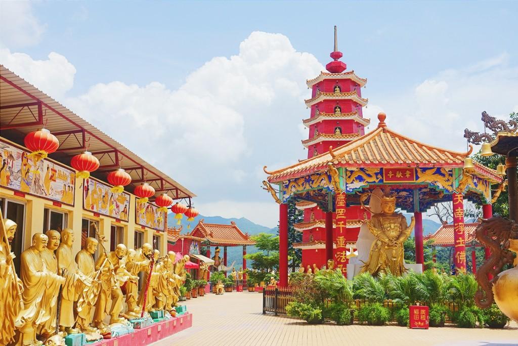 The Quirkiest Festival of Hong Kong: Cheung Chau + Bun Festival 15