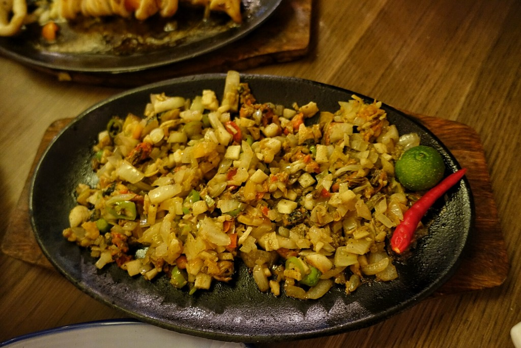 Red Charcoal Tahong sisig