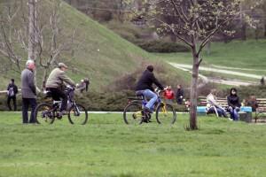 biking-free-saving