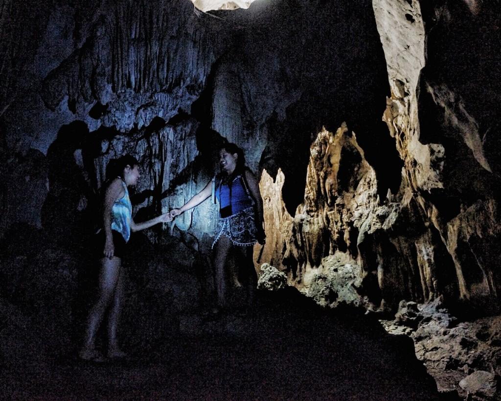 karlaroundtheworld-calinawan-cave