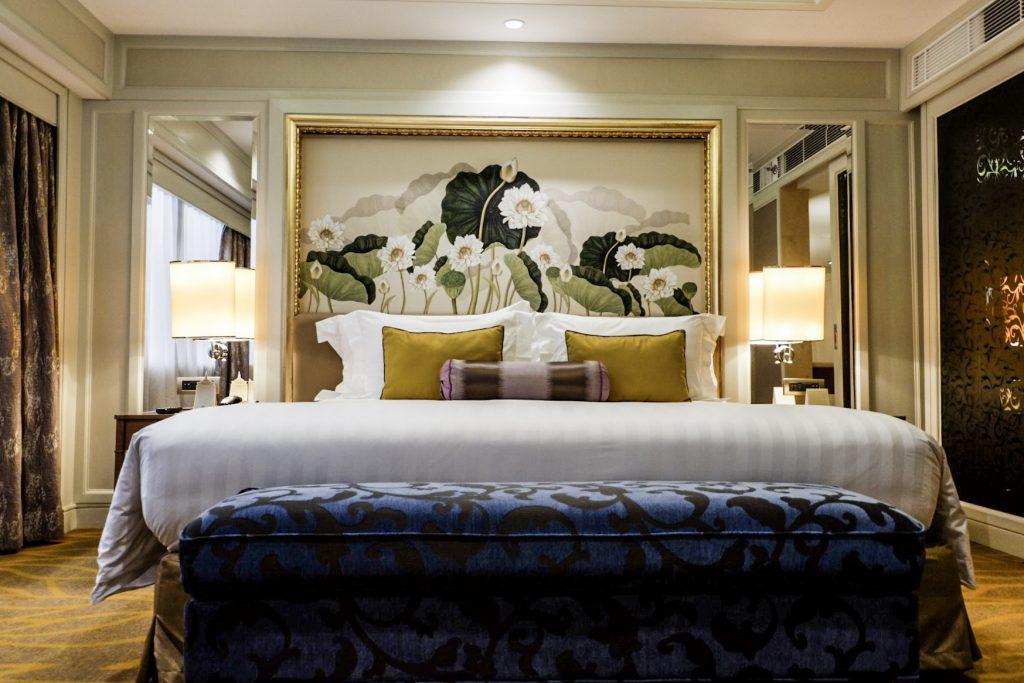 Dusit Thani Hotel Makati