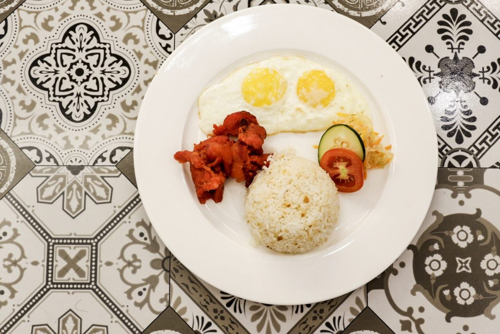 Rizal-Park-Hotel-Cafe