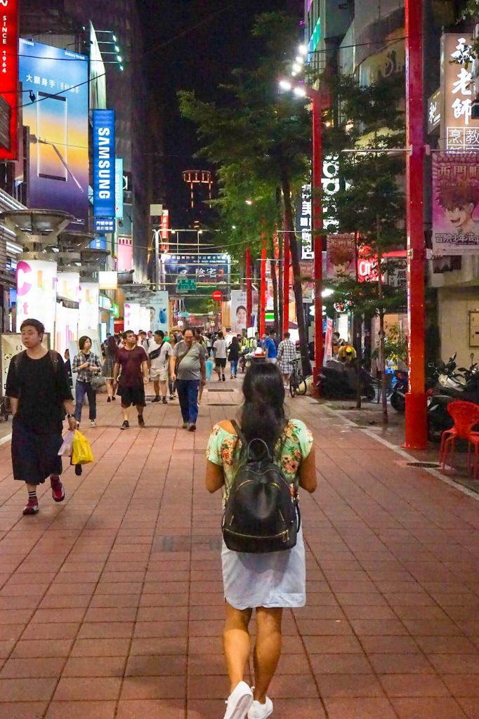 Taipei-Ximending-Karlaroundtheworld