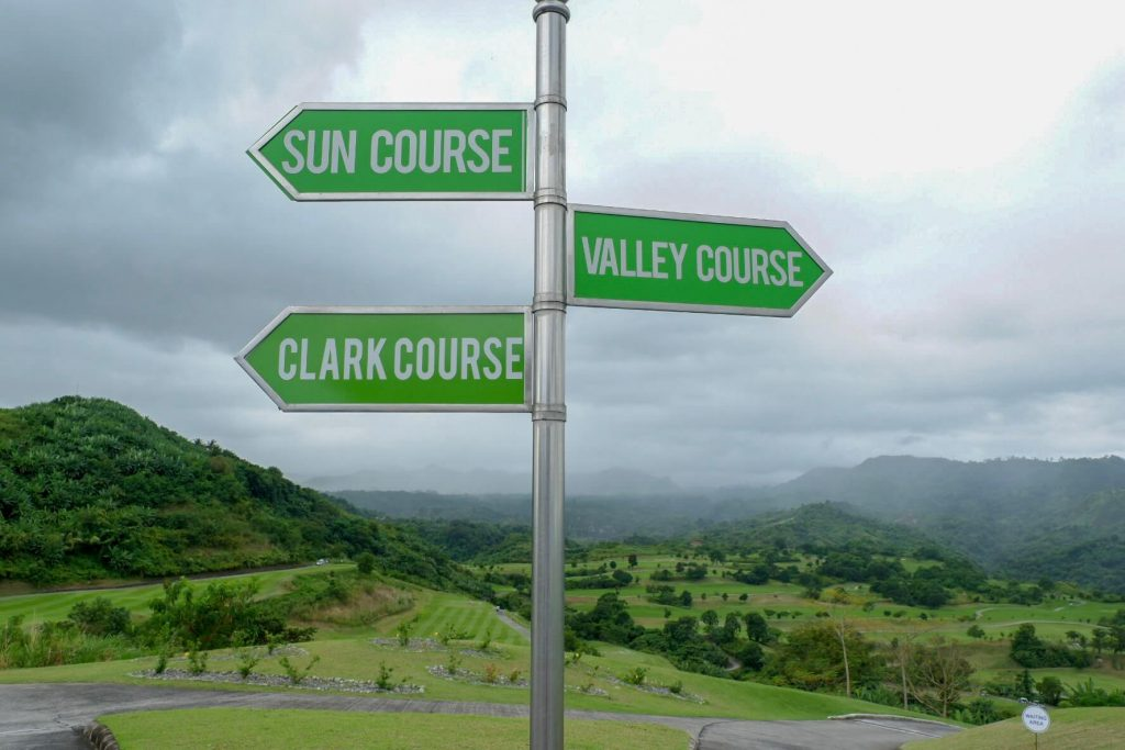 Sunvalley-Clark-Karlaroundtheworld