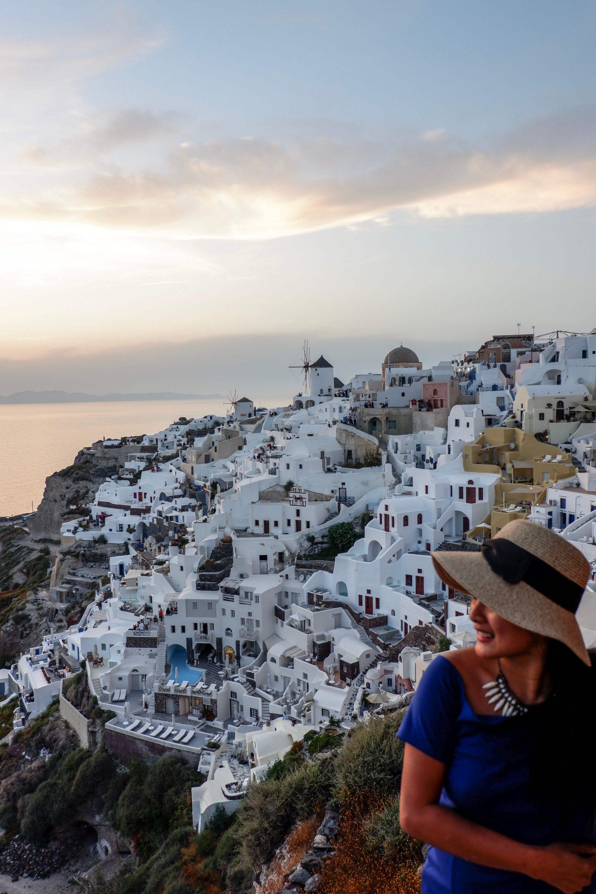 Must-See-Santorini-Karlaroundtheworldd