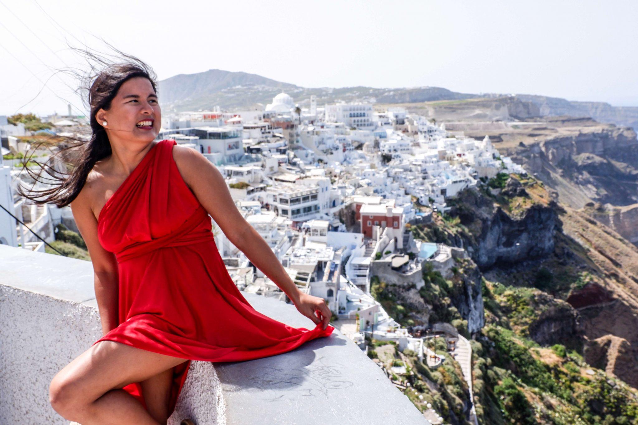 Must-See-Santorini-Karlaroundtheworld