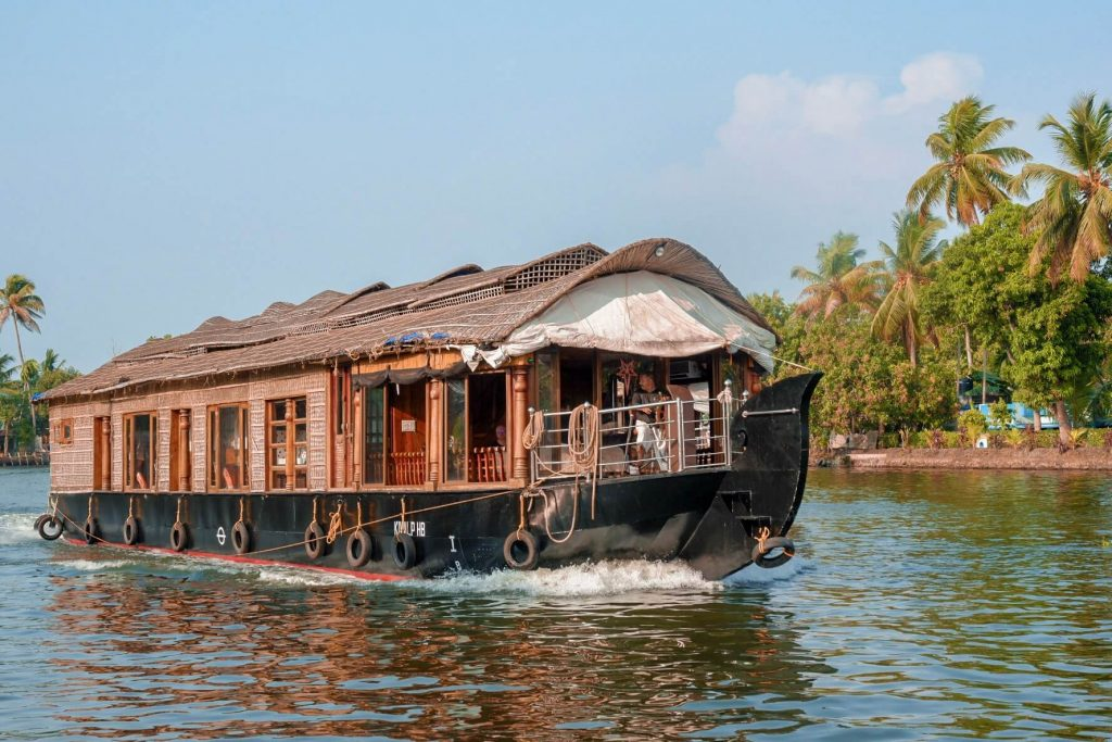 alleppey-boathouse