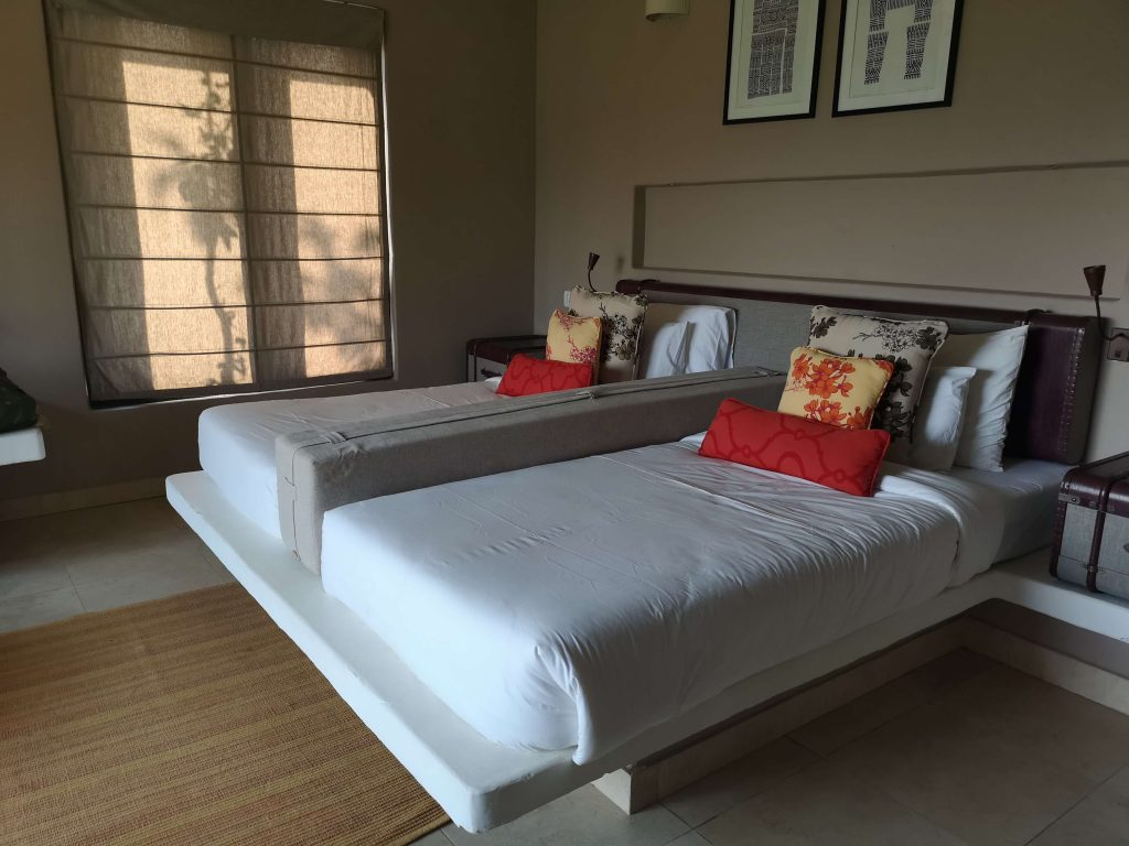 Denwa Backwaters Room