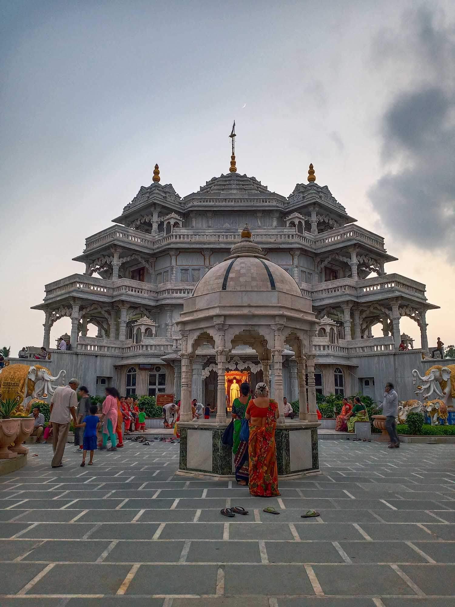 Ahmedabad in 3 Days - Shree Muktajeevan Swamibapa Smruti Mandir