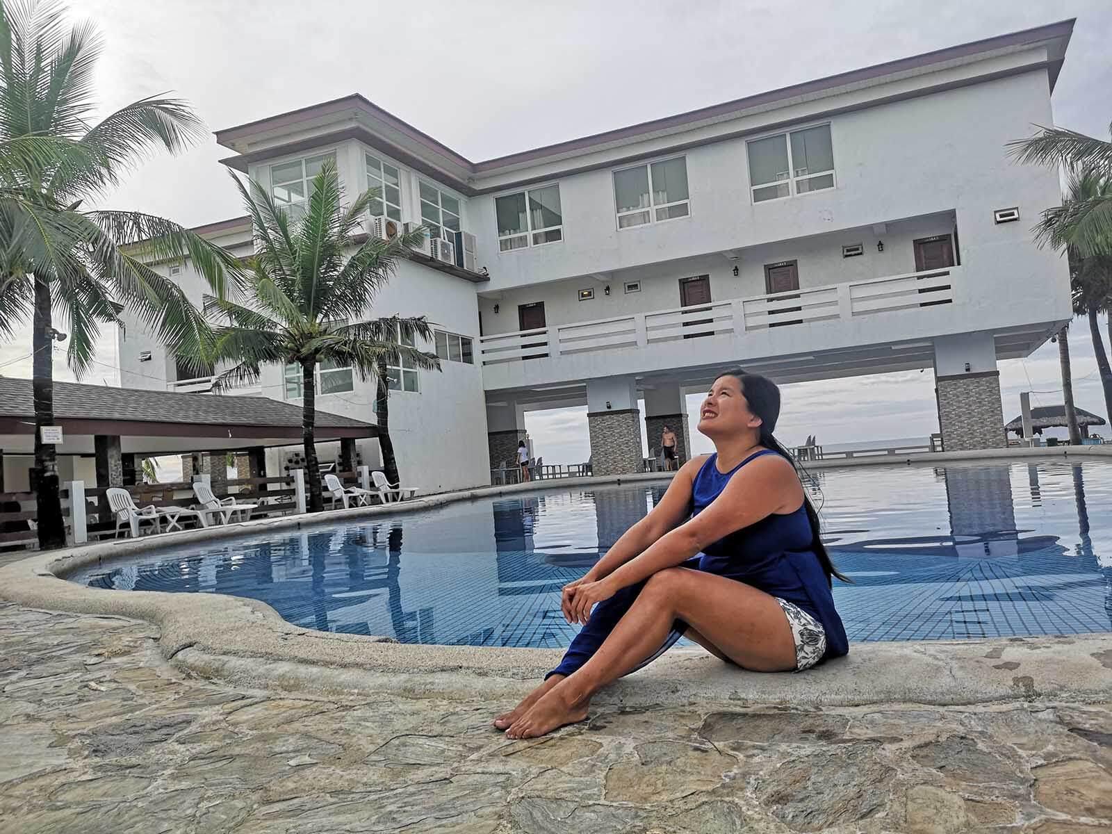 Morong Bataan Travel Guide - White Corals Beach Resort Pool