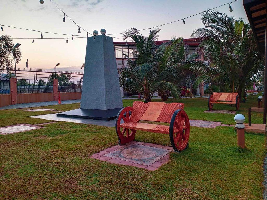 Pangasinan Travel Guide - Yellow Beach Villa